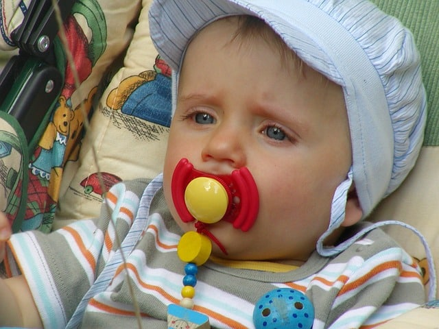 Baby will keinen Schnuller
